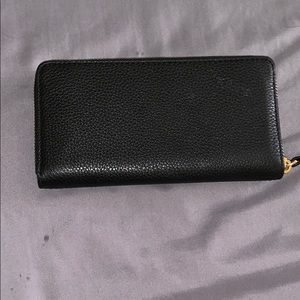 Marc Jacobs Bags - Marc Jacobs empire city leather wallet